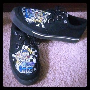 T.U.K Sneakers